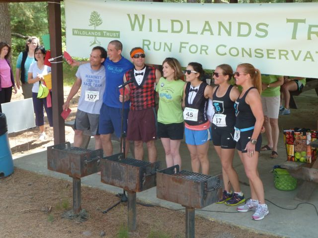 runners in myles standish state forest